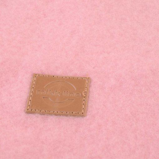 Elefanthue i rosa softuld. Mikk-Line. Close up