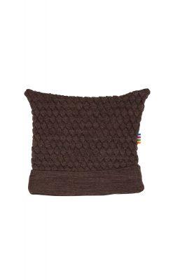 """Babyhue i brun uld fra Joha. Huen har 2 """"ører""""."""