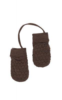 Luffer til baby i brun uld fra Joha. Luferne er forbundet med snor.