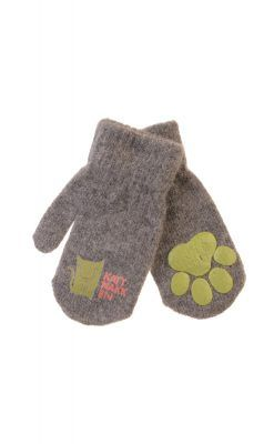 Luffer i gråmeleret uld fra Kattnakken. Lufferne har pote i hånden.