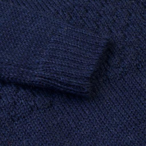 Sømandstrøje i alpaka uld fra Flo Flo. Mørkeblå. Detalje af ærme