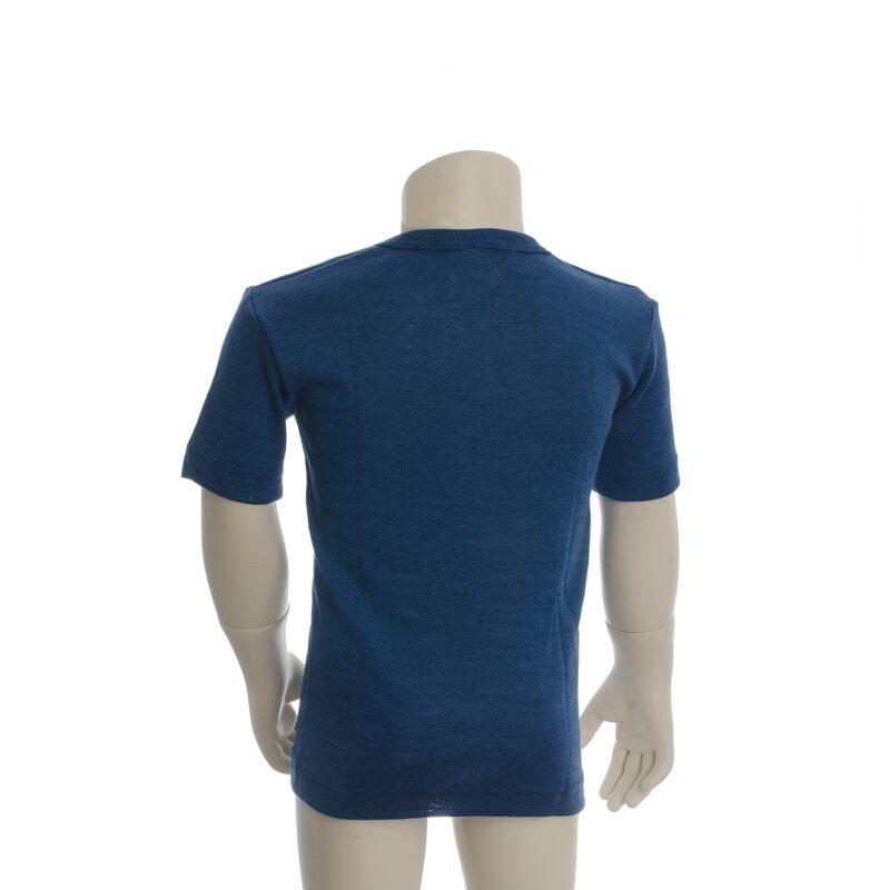 Økologisk t-shirt til barn. Blå uld silke t-shirt fra Engel. Set bagfra.