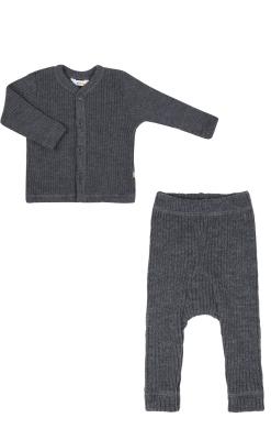Bluse og bukser i uld. Ribstrik i mørkegrå. Joha.
