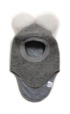Huttelihut elefanthue med 2 kvaste. Grå uld og hvide kvaste.