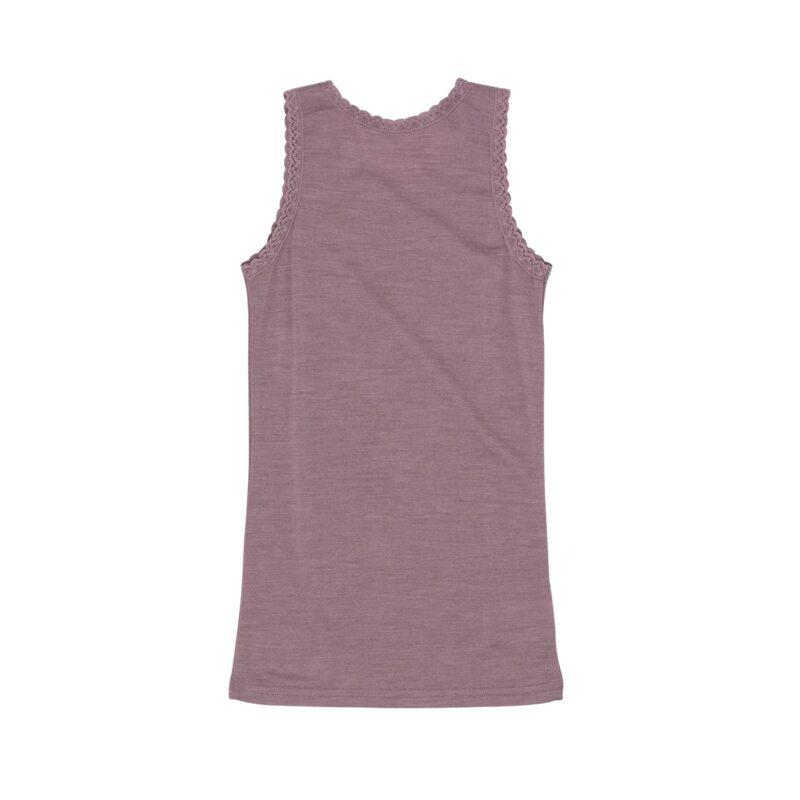 Undertrøje til pige med blondekanter. Støvet rosa undertrøje i Oeko-Tex fra Hust & Claire. Bagsiden.
