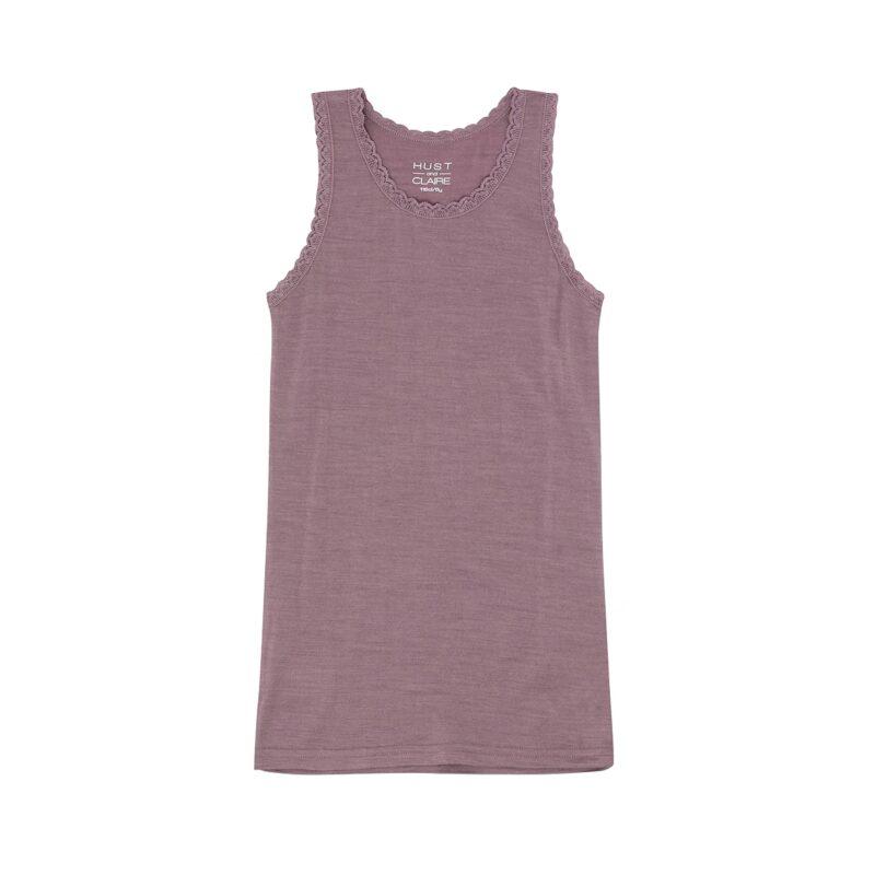 Undertrøje til pige med blondekanter. Støvet rosa undertrøje i Oeko-Tex fra Hust & Claire.