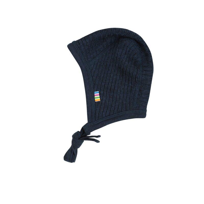 Baby hjelm fra Joha i mørkeblå ribstrik i 100% uld, Svanemærket