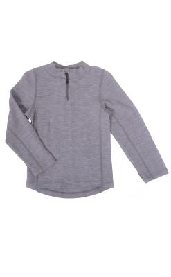 Bluse i lysegrå uld til børn.. Blusen har lynlås i halsen. Mikk-Line.