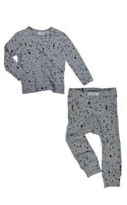Nattøj sæt til børn. Nattrøje og natbukser i uld. Grå med sorte prikker. Papfar.