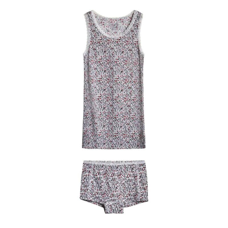 Hipsters og undertrøje sæt. Blomster mønstret uld silke med blondekanter. Hust & Claire.