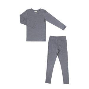 Skiundertøj eller nattøj til barn. Uld silke fra Joha i grå uld silke.