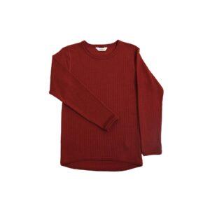 Skiundertrøje i merinould. Langærmet undertrøje der også kan bruges som nattrøje. Rød merinould. Joha.