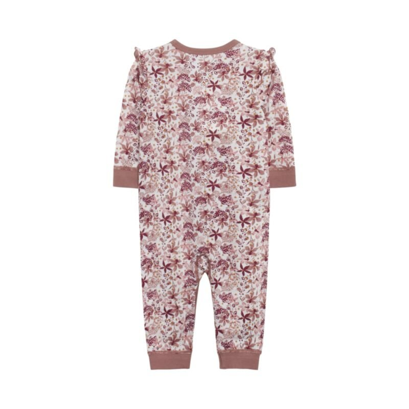 Bagsiden af Hust & Claire natdragt i uld silke. Dragten er i blomstret mønster i rødbrune nuancer. Flæsekanter på skuldre.