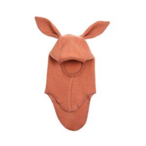 Huttelihut elefanthue med kanin hængeører. Hue i enkelt lag rosewood uldfleece.