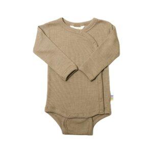 Præmatur body med skråluk. Uld silke body til for tidligt født. Beige.